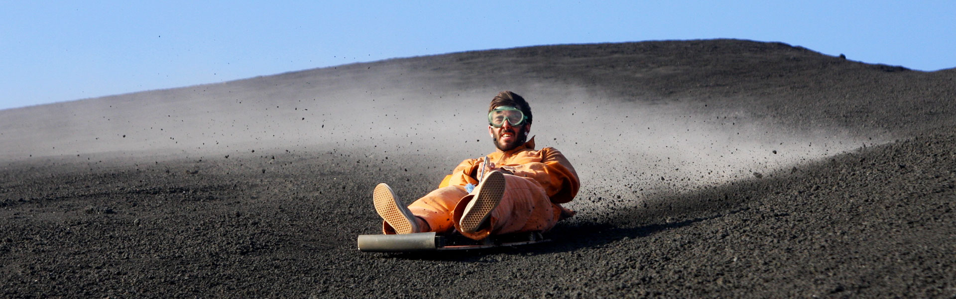 surf-expedition-volcano-boarding