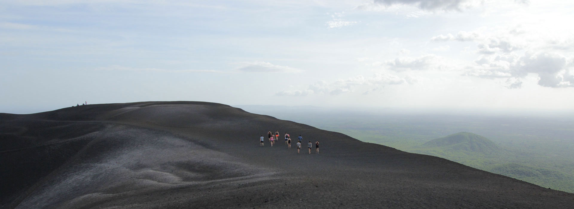 volcano-boarding-nicaragua-cerro-negro-surf-expedition