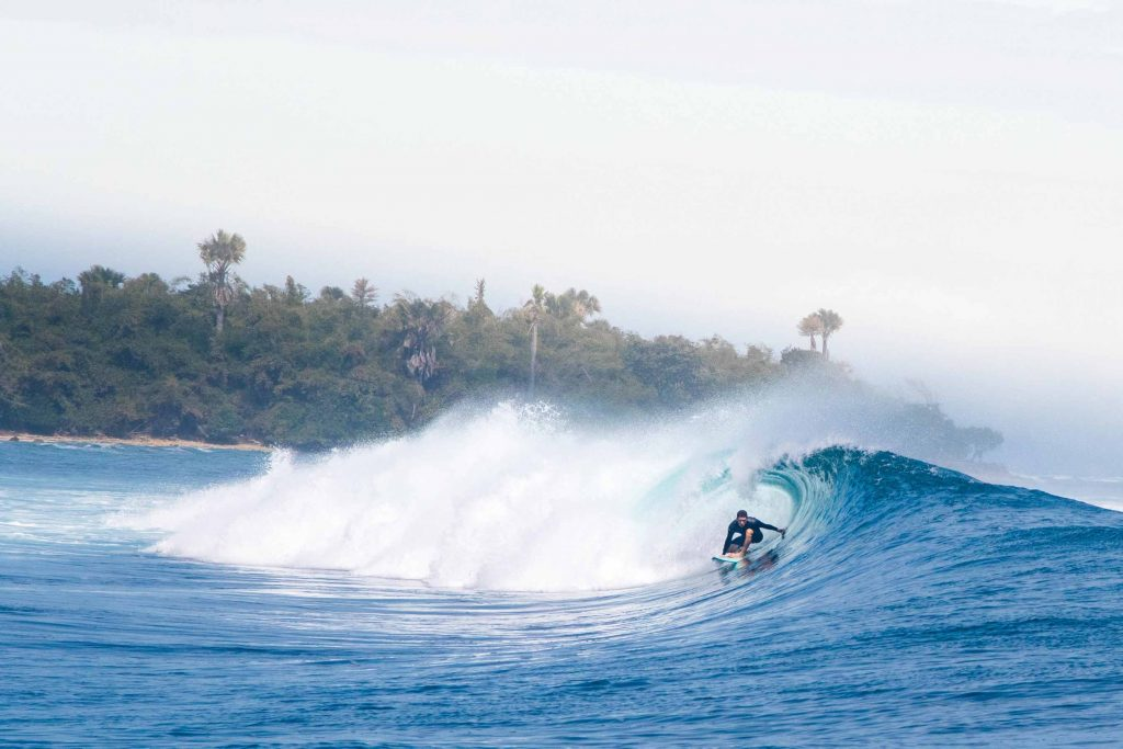 best-time-to-surf-big-swell-central-america