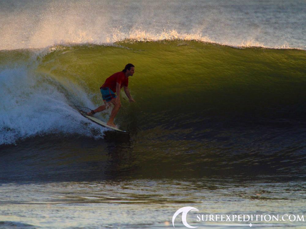 surf-expedition-nicaragua-barrels