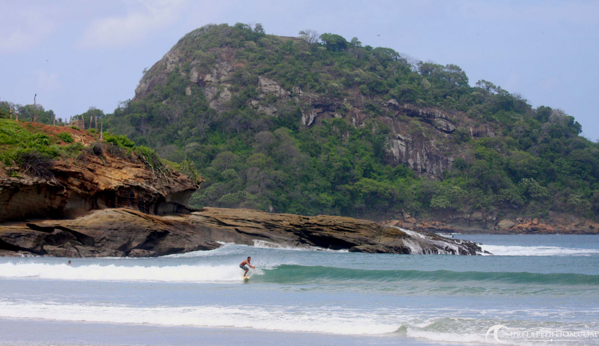 surf-expedition-surf-camp-surf-trip