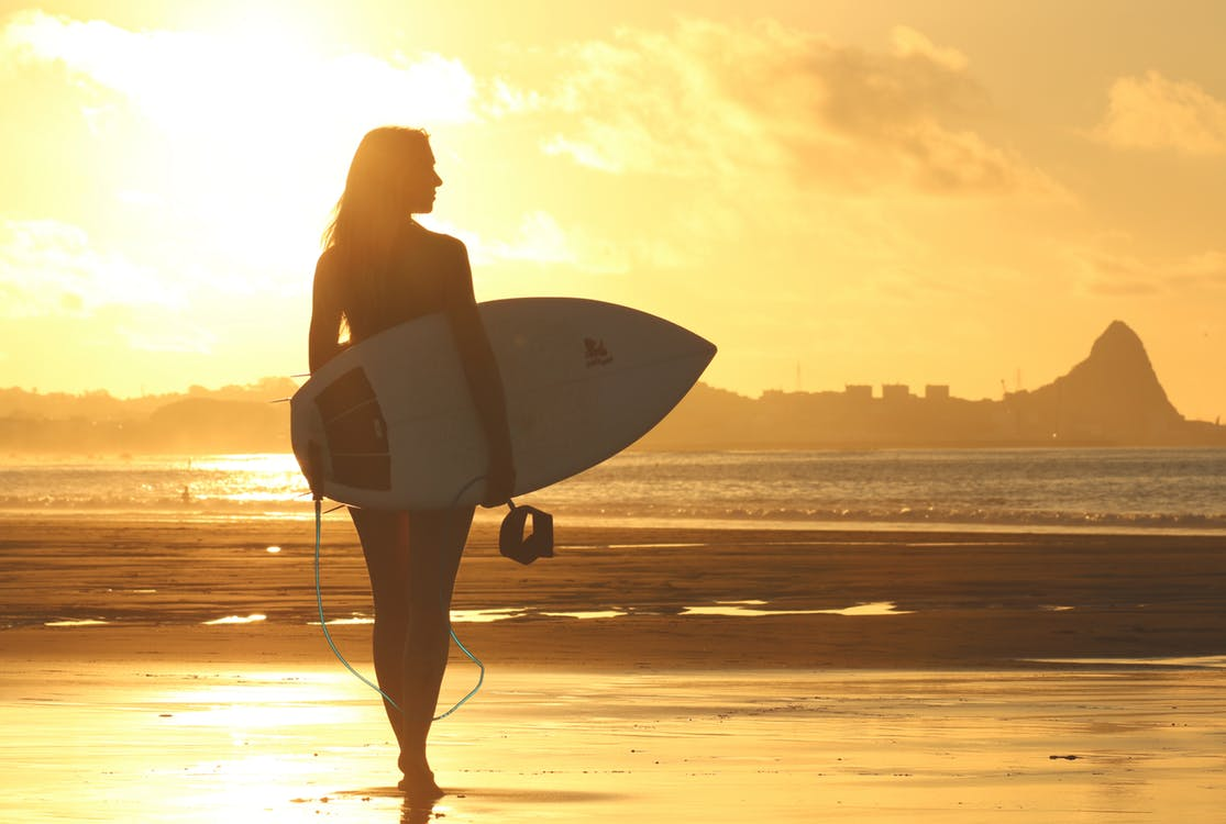 Woman with shortboard